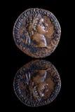 Riflessione antica della moneta - Domitian Fotografie Stock Libere da Diritti