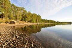 Riflessione calma del lago immagini stock libere da diritti