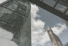 Riflessione dei grattacieli Immagine Stock Libera da Diritti