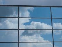 Riflessione del cielo Immagini Stock