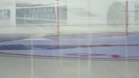 Riflessione del ghiaccio dell'hockey video d archivio
