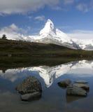 Riflessione del Matterhorn Fotografia Stock