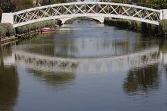 Riflessione del ponte Fotografie Stock
