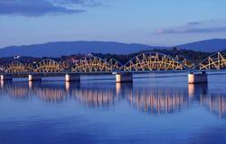 Riflessione del ponte. Immagini Stock Libere da Diritti