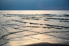 Riflessione del sole nel mare fotografia stock libera da diritti