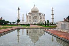 Riflessione del Taj Mahal Immagine Stock