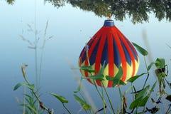 Riflessione dell'aerostato di aria calda Fotografia Stock Libera da Diritti