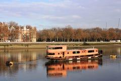 Riflessione della barca Fotografie Stock