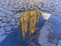 Riflessione della cattedrale di Orvieto Fotografia Stock Libera da Diritti