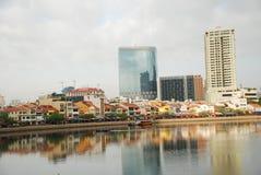 Riflessione della città di Singapore Immagini Stock Libere da Diritti