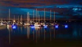 Riflessione delle barche alla baia di Danga Immagine Stock