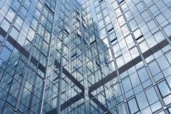 Riflessione delle finestre del grattacielo Fotografie Stock Libere da Diritti