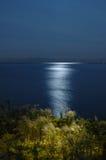 Riflessione di luce della luna Fotografia Stock
