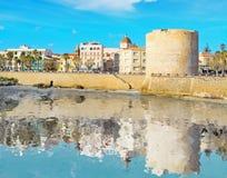 Riflessione in linea costiera di Alghero Immagini Stock