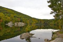 Riflessione sul lago Fotografia Stock Libera da Diritti