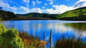 Riflessione sul lago Wainamu Immagini Stock Libere da Diritti