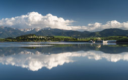 Riflessione in un lago Fotografia Stock Libera da Diritti