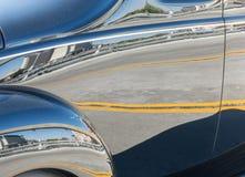 Riflessioni classiche dell'automobile Fotografia Stock