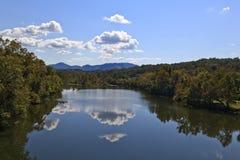 Riflessioni del fiume Fotografia Stock Libera da Diritti