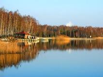 Riflessioni del lago autumn Immagine Stock