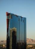 Riflessioni dell'hotel sulla striscia a Las Vegas Fotografia Stock