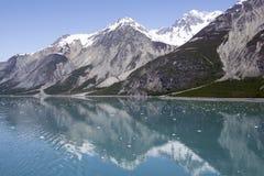 Riflessioni della baia di ghiacciaio Fotografie Stock Libere da Diritti