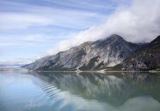 Riflessioni della baia di ghiacciaio Immagine Stock Libera da Diritti