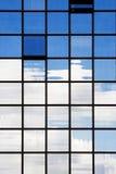 Riflessioni della costruzione di affari Fotografie Stock Libere da Diritti