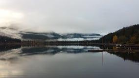 Riflessioni di Alpha Lake in Columbia Britannica di Whistler Fotografia Stock Libera da Diritti