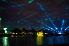 Riflessioni di illuminazioni di terra in Epcot a Walt Disney World Resort 14 fotografia stock