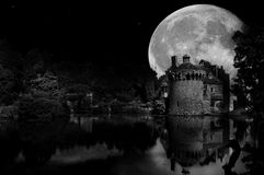 Riflessioni di luce della luna Immagine Stock