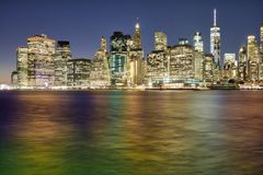 Riflessioni di NYC da Dumbo Fotografie Stock