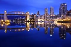 Riflessioni false di alba dell'insenatura, Vancouver Fotografia Stock Libera da Diritti
