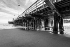 Riflessioni lungo Santa Cruz Beach Boardwalk fotografia stock