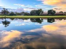 riflessioni rosa sbalorditive di tramonto Fotografia Stock Libera da Diritti