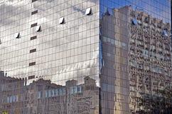 Riflessioni sul grattacielo Immagine Stock Libera da Diritti