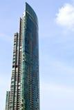 riflesso del grattacielo dei palazzi del distretto di ufficio di Bangkok Immagine Stock