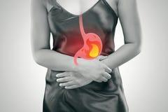 Riflusso acido o bruciore di stomaco immagine stock