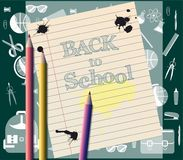 Rifornimenti ed iscrizione di scuola di nuovo alla scuola Fotografie Stock Libere da Diritti