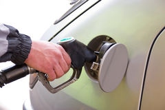 Rifornimento di carburante dell'automobile Fotografie Stock Libere da Diritti