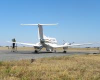 Rifornimento di carburante privato dell'aeroplano Fotografia Stock