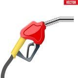 Rifornisca l'ugello di combustibile della pompa della maniglia con il tubo flessibile isolato sopra Fotografia Stock