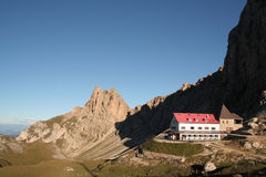 Rifugio in den Dolomit, Italien Stockfotografie