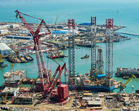 Rig Leaves Shipyard de forage Photo libre de droits
