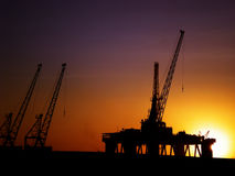 A rig in the sunset Royalty Free Stock Images
