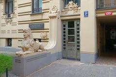 Riga Art Nouveau, un fragment de la façade de la maison image stock