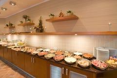 Riga del buffet del ristorante Fotografia Stock