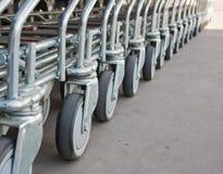 Riga della rotella del carrello Immagini Stock