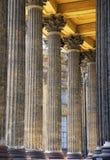 Riga delle colonne immagini stock