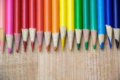 Riga delle matite colorate Fotografia Stock